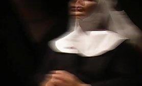 Il Diavolo in convento - Il film porno completo