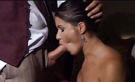 Arrapante scena porno italiano con la calda Jessica Gayle