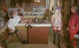 Scena porno vintage ripresa dal film italiano Ho scopato un'aliena
