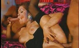 Una notte proibita - orgia porno