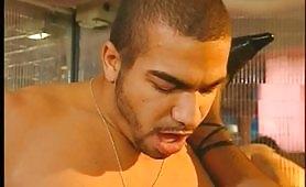 Video porno italiano con zoccola in doppia penetrazione