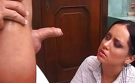 Scena porno ripresa dal film italiano Analita Marziane