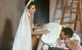 Scena porno ripresa dal film vintage Rocco`s Ghost