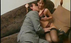 La stupenda pornostar di Novi Ligure, Letizia Bruni, in scena ripresa dal film Il corrotto