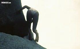 Sabrina Siani nuda in scene erotiche da Blue Island