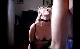 Marta, quella maiala cinquantenne di Latina si lascia sborrare in bocca