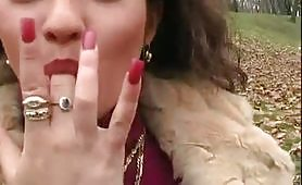 Nadia, stupenda milfona ungherese ripresa da maialone italiano