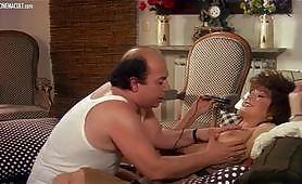 Scena vintage ripresa dal film italiano Zucchero, miele e peperoncino