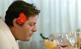 Scena ripresa dal film vintage italiano Così come sei