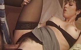 Quinta scena del pornazzo italiano Apriti mummia