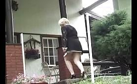 Moglie tradisce col giardiniere